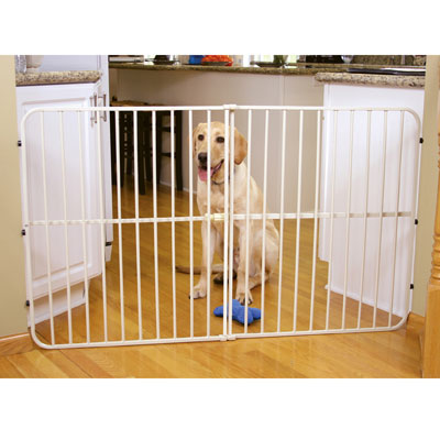 Carlson™ Pet Products Tuffy Expandable Gates
