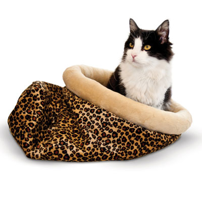 K&H™ Self Warming Kitty Sack™ Leopard I003862