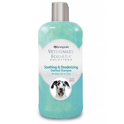 Veterinary Formula® Clinical Care™ Soothing & Deodorizing Oatmeal Shampoo 17 Oz.   I005119