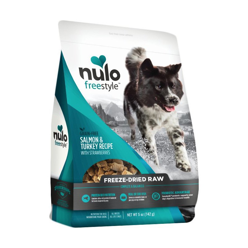 Nulo Freestyle Grain Free Freeze Dried Raw Salmon & Turkey Recipe With Strawberries Dog Food 5oz  I016377