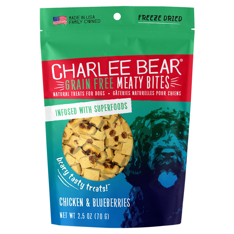 Charlee Bear Grain Free Meaty Bites - Chicken & Blueberries 2.5 oz I019135
