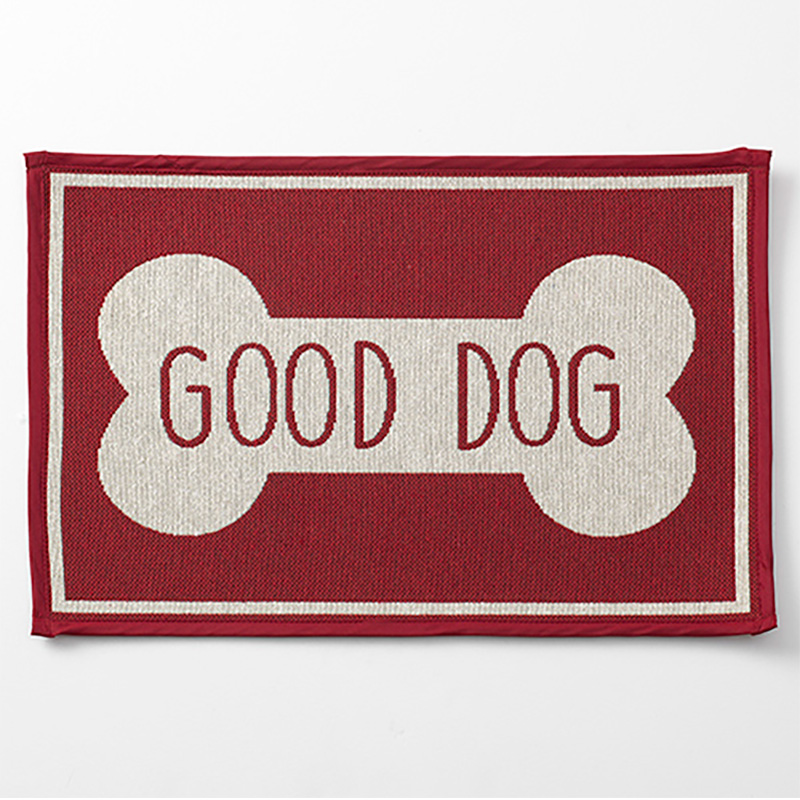 Petrageous Good Dog Bone Tapestry Mat Red 19 in x 13 in  I019523