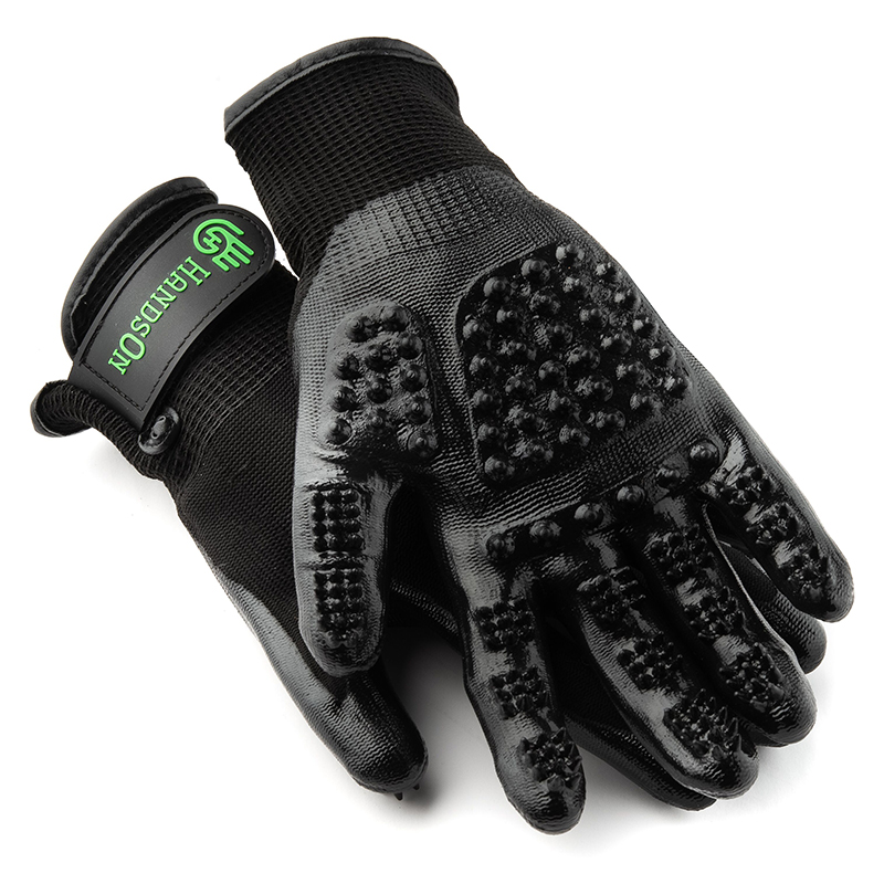 Hands On Grooming Gloves Black I020039b
